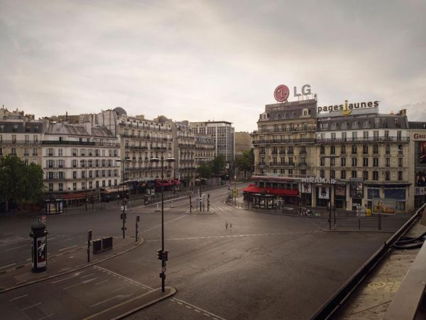 Silent World - Lucie and Simon - Place Montparnasse