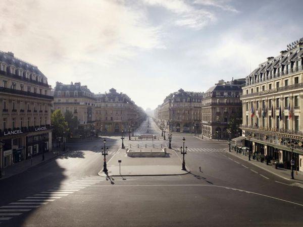 Silent World - Lucie and Simon - Place de l'Opera
